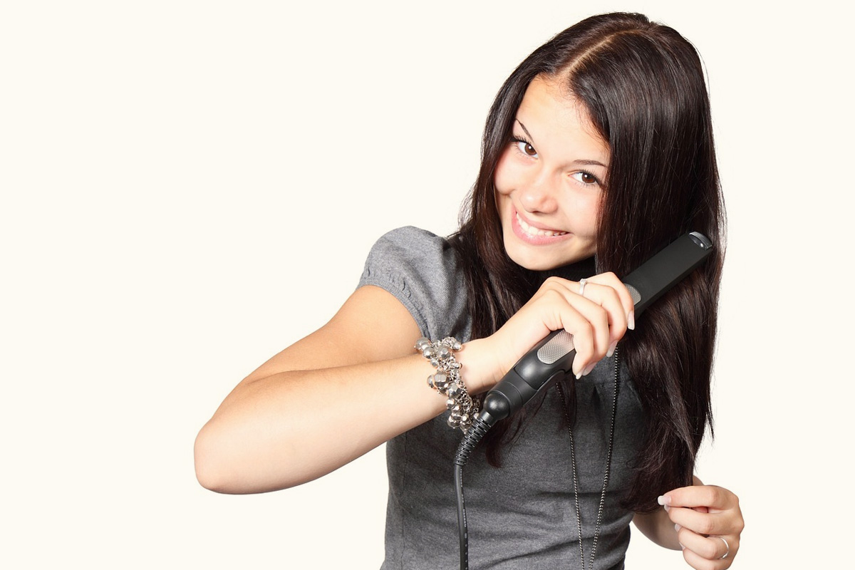 How to choose the right hair straightener?